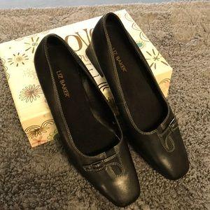 4/$25 Liz Baker Dress Shoes